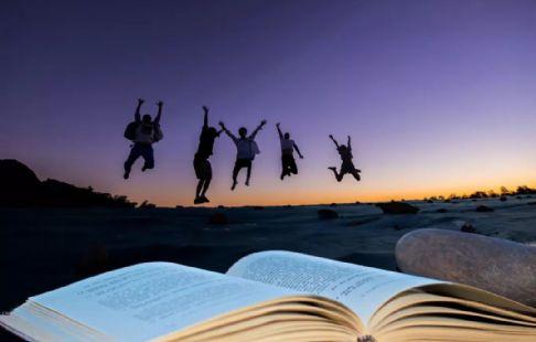 加油吧精选100句激励学生努力上进的鼓励学习的经典语句